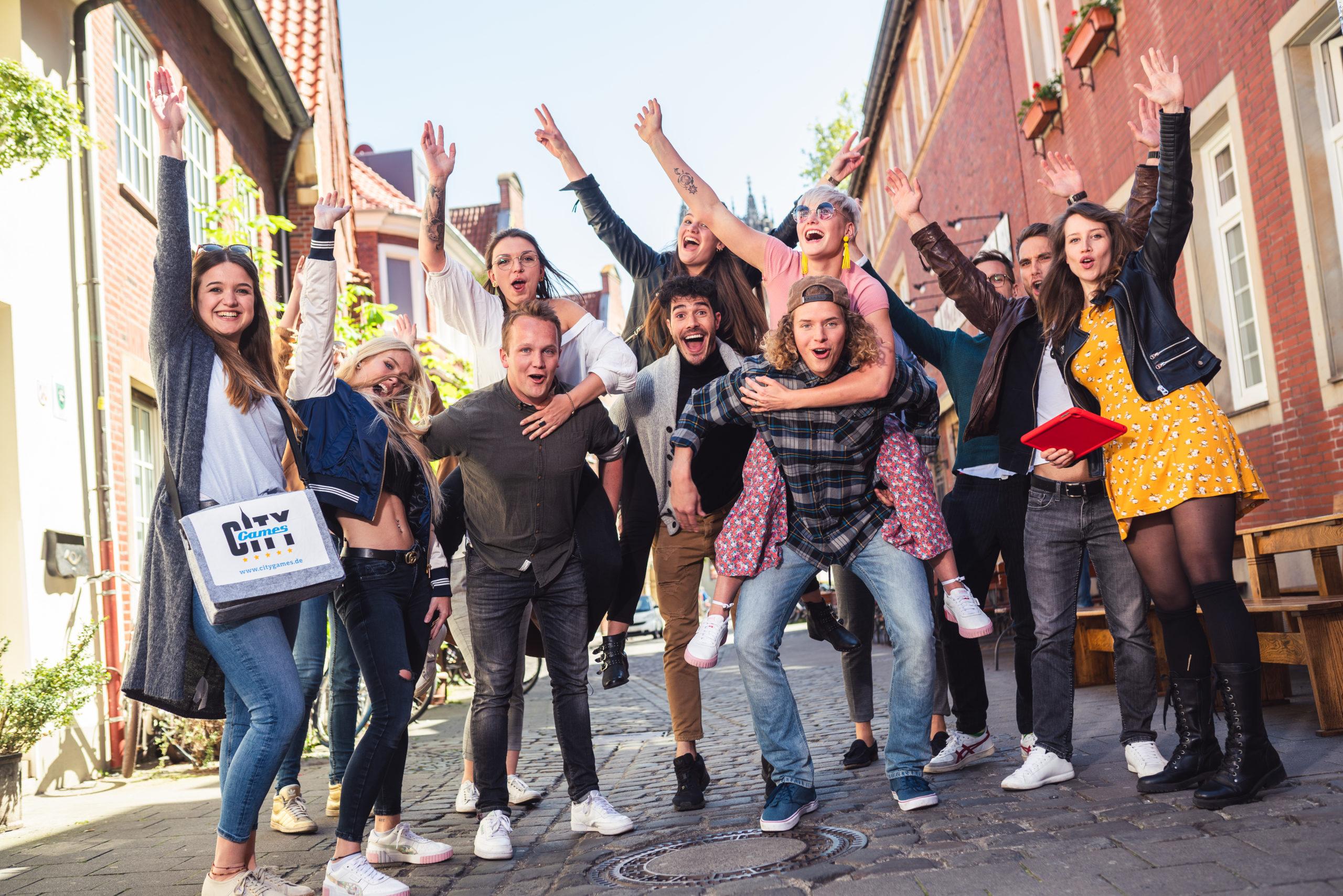 CityGames Leipzig Student Tour: Gruppe Studenten - beschwingt und glücklich